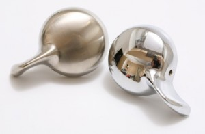 Brushed Nickel vs Chrome finish drain handle