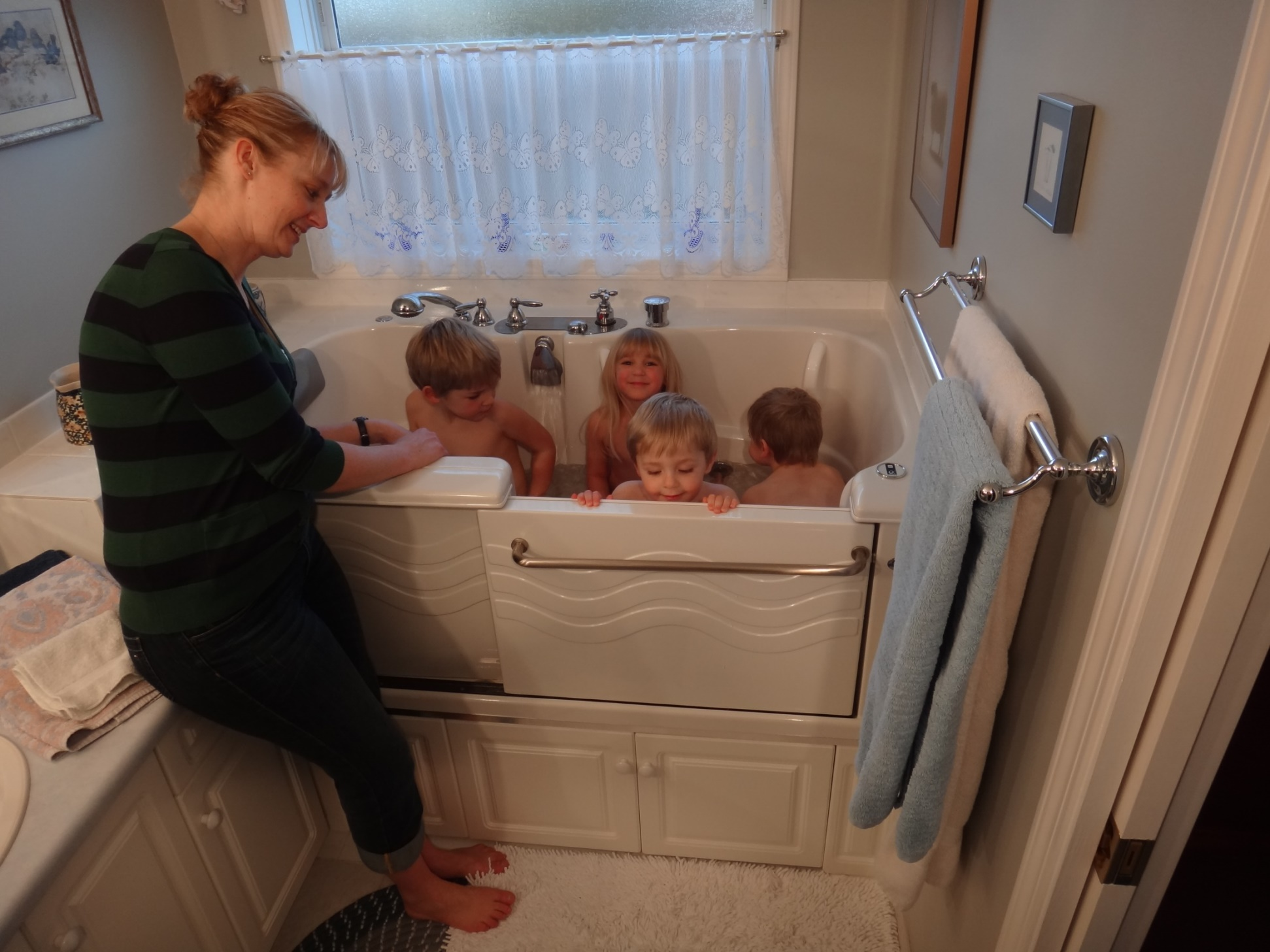 The Hidden Danger of Walk-in Tubs and Children. | Aquassure