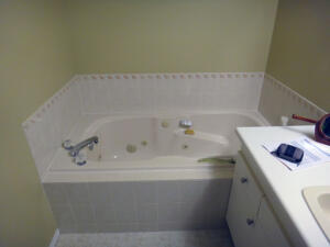 Walk-in Bathtub Project 1 Before
